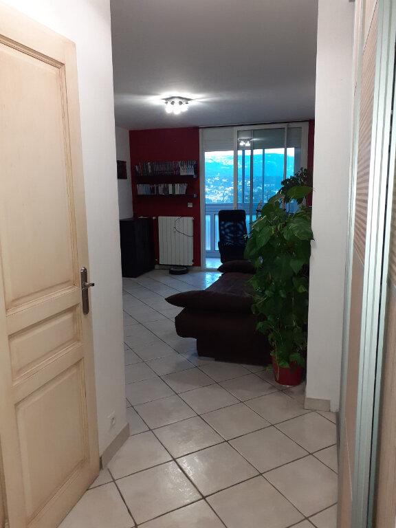 Appartement à louer 2 40m2 à Toulon vignette-4
