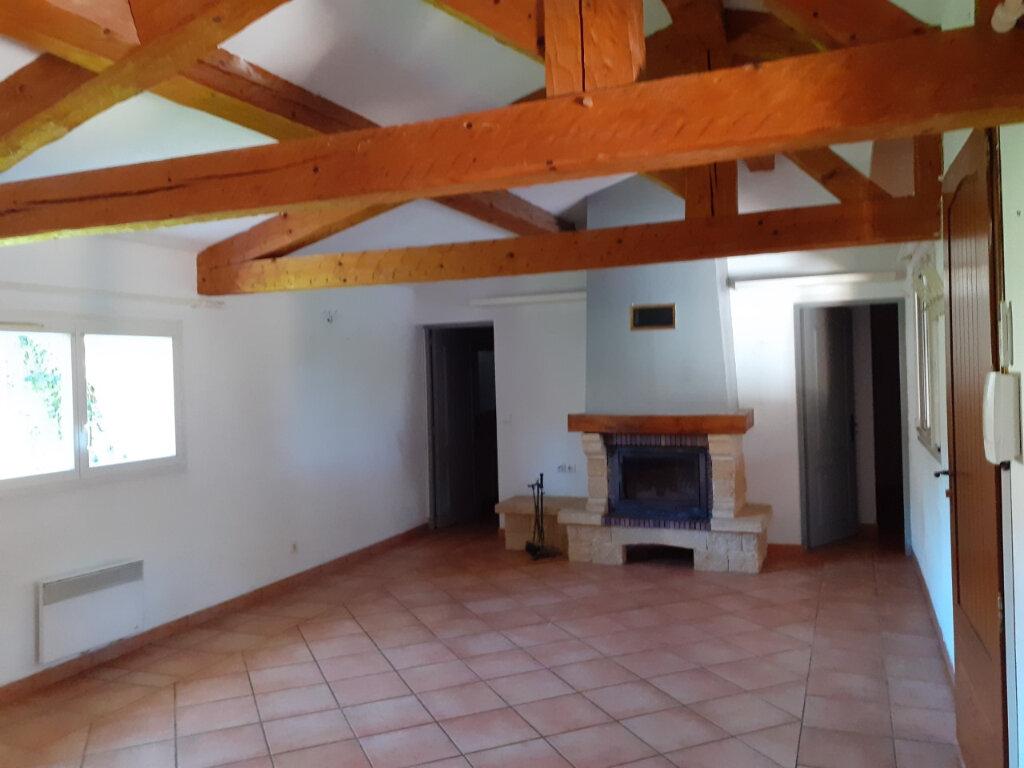 Maison à louer 4 90m2 à Sanary-sur-Mer vignette-3