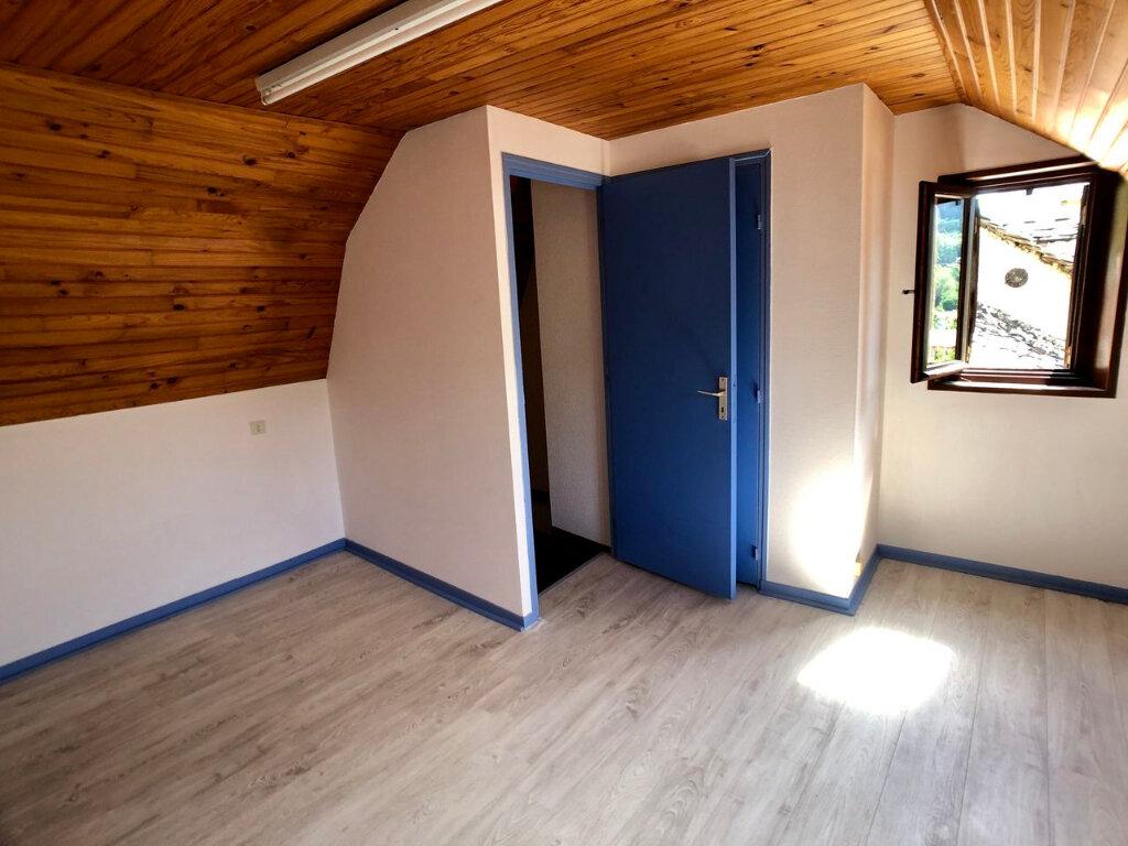 Maison à louer 3 41m2 à Mende vignette-6