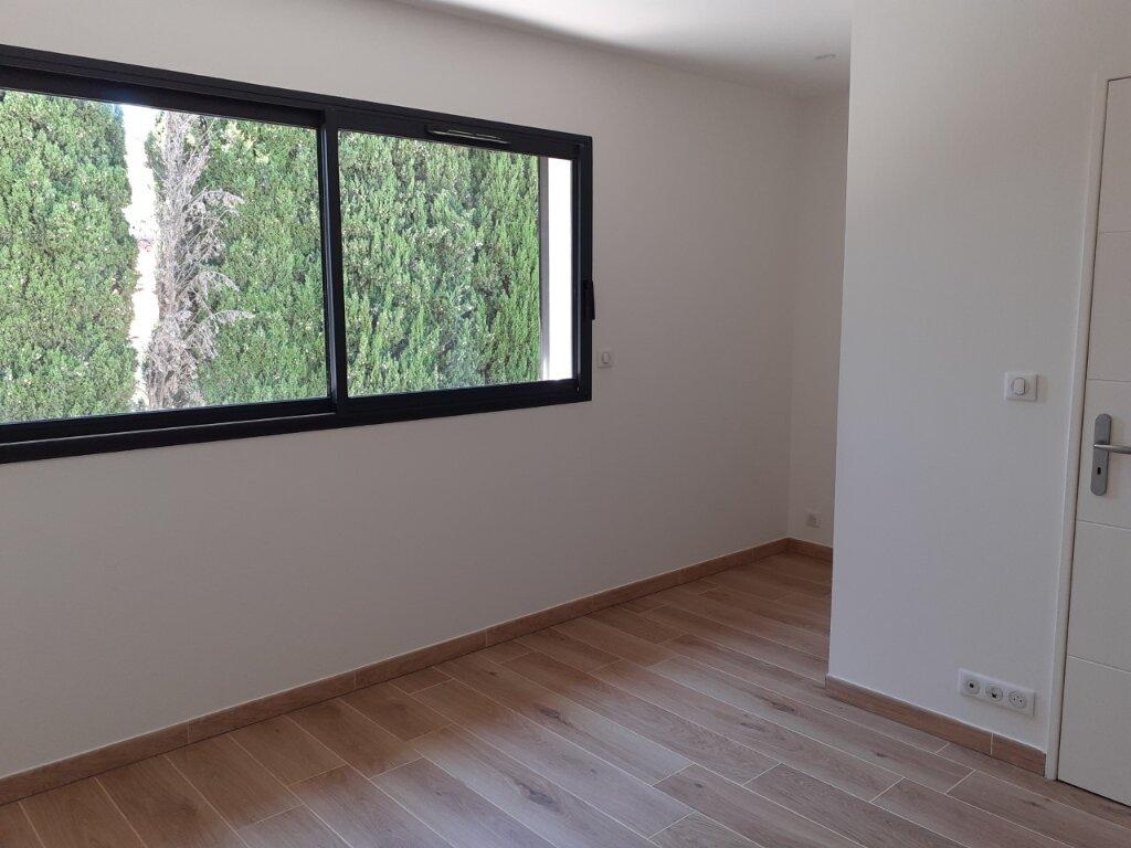 Appartement à louer 3 75m2 à La Seyne-sur-Mer vignette-6