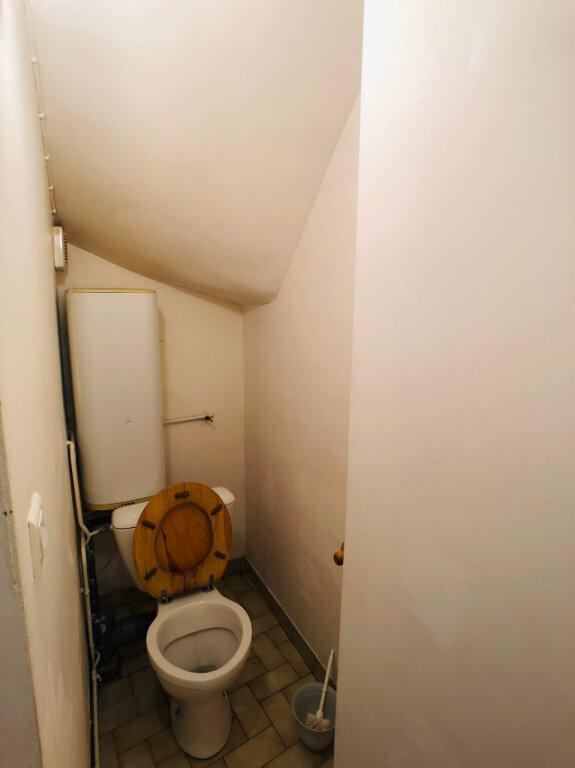 Appartement à louer 1 17m2 à Marvejols vignette-5