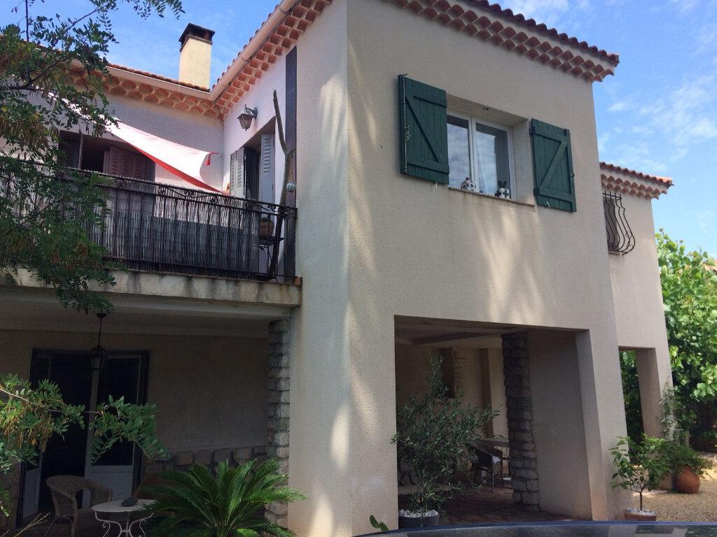 Maison à vendre 7 232m2 à Saint-Cyr-sur-Mer vignette-1