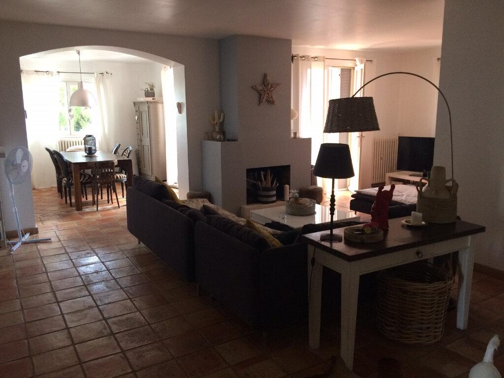 Maison à vendre 7 232m2 à Saint-Cyr-sur-Mer vignette-3