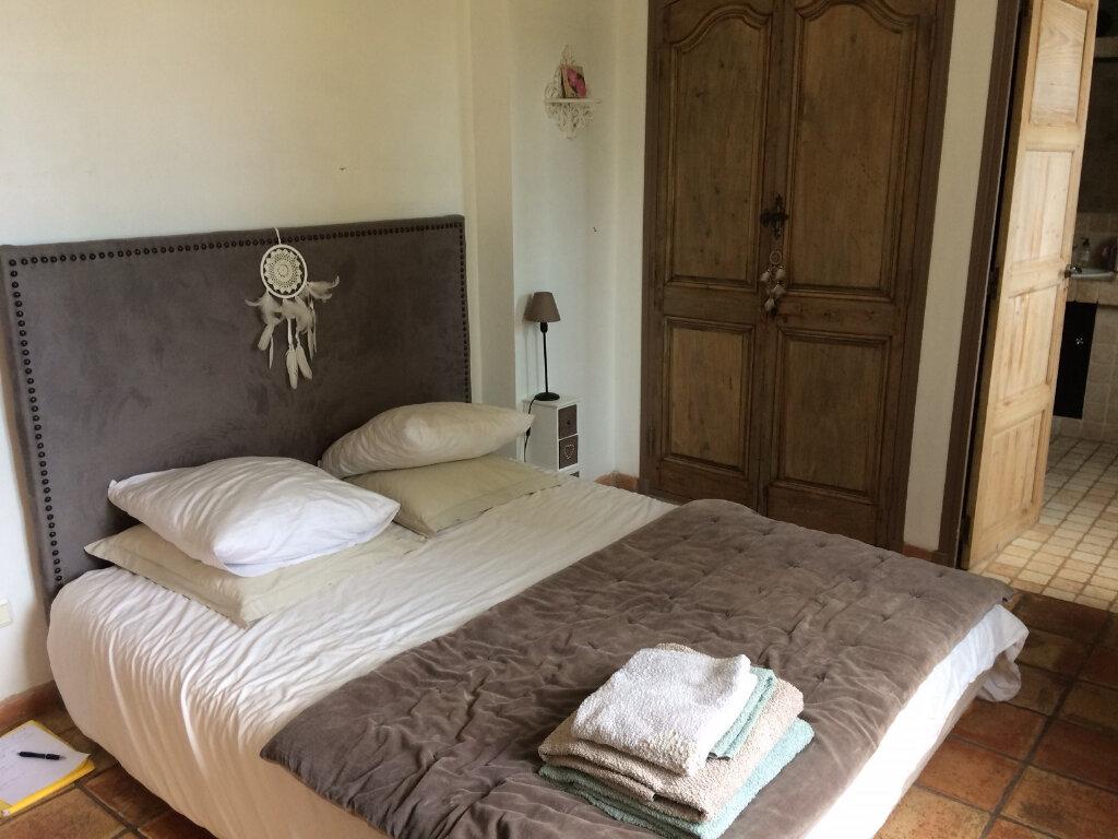 Maison à vendre 7 232m2 à Saint-Cyr-sur-Mer vignette-4