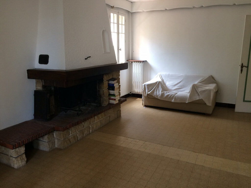 Maison à vendre 7 232m2 à Saint-Cyr-sur-Mer vignette-8