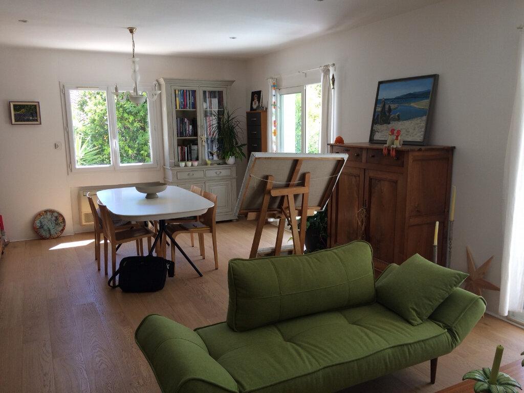 Maison à vendre 8 200m2 à La Ciotat vignette-4