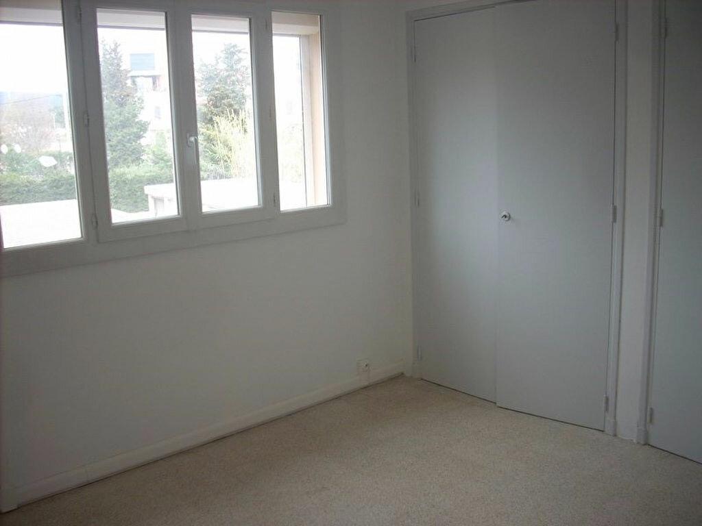 Appartement à louer 4 66m2 à La Ciotat vignette-9