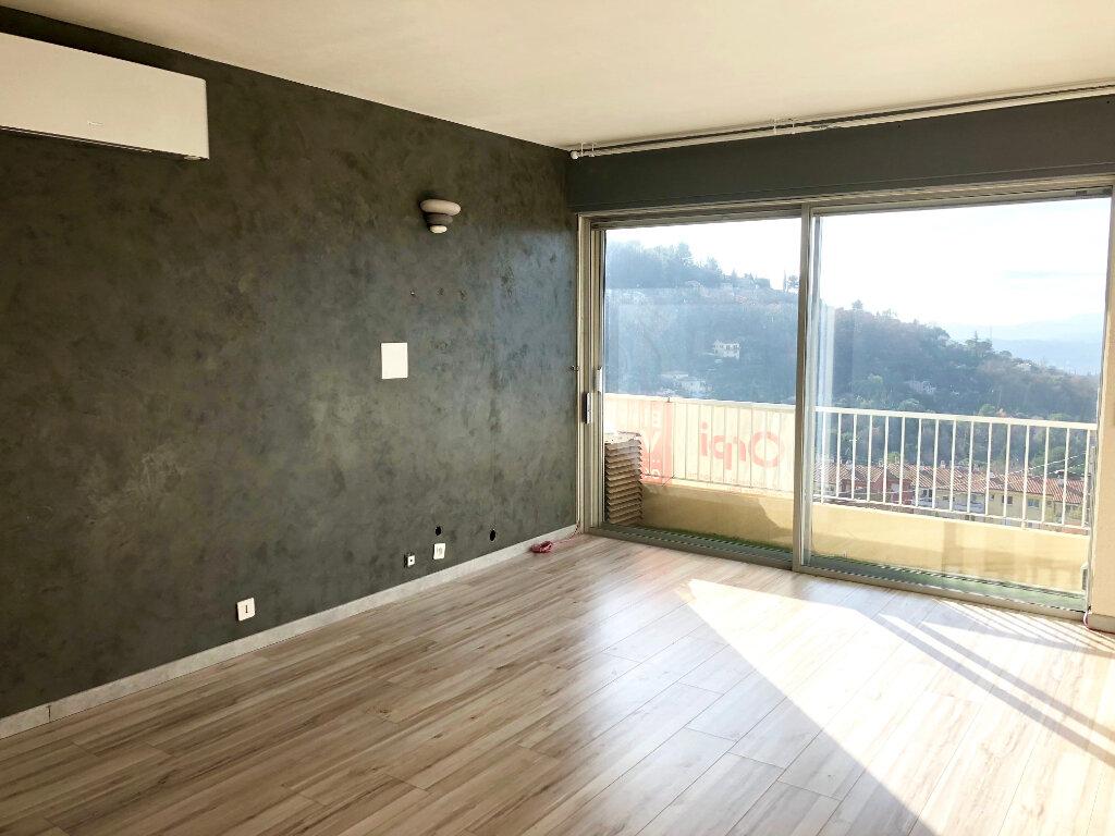 Appartement à vendre 3 75m2 à Grasse vignette-2
