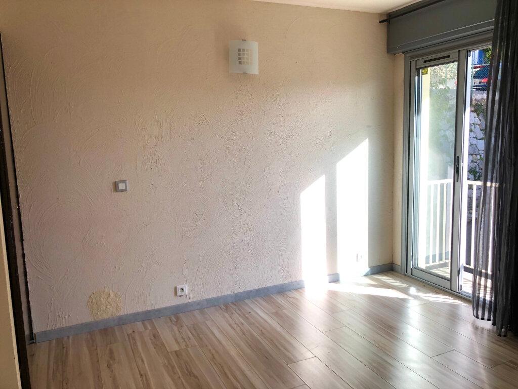 Appartement à vendre 3 75m2 à Grasse vignette-6