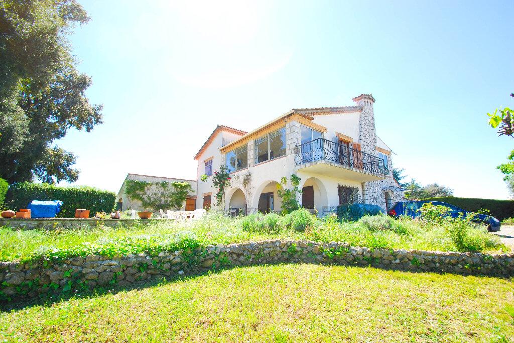 Maison à vendre 7 250m2 à Antibes vignette-3
