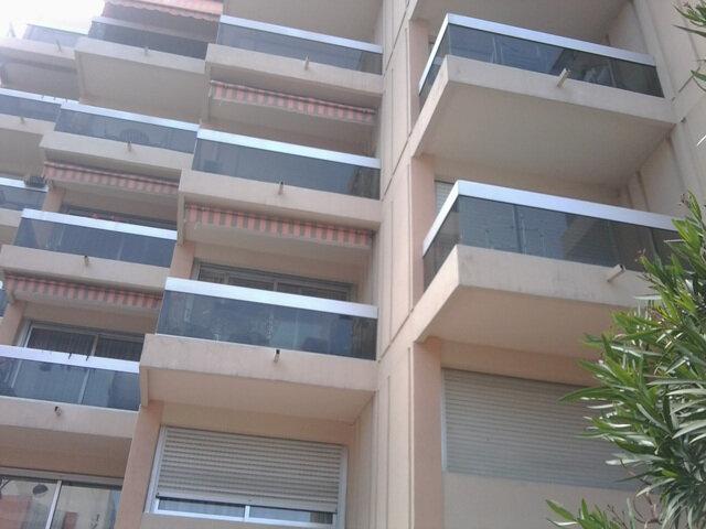 Appartement à louer 2 39m2 à Juan-les-Pins - Antibes vignette-1