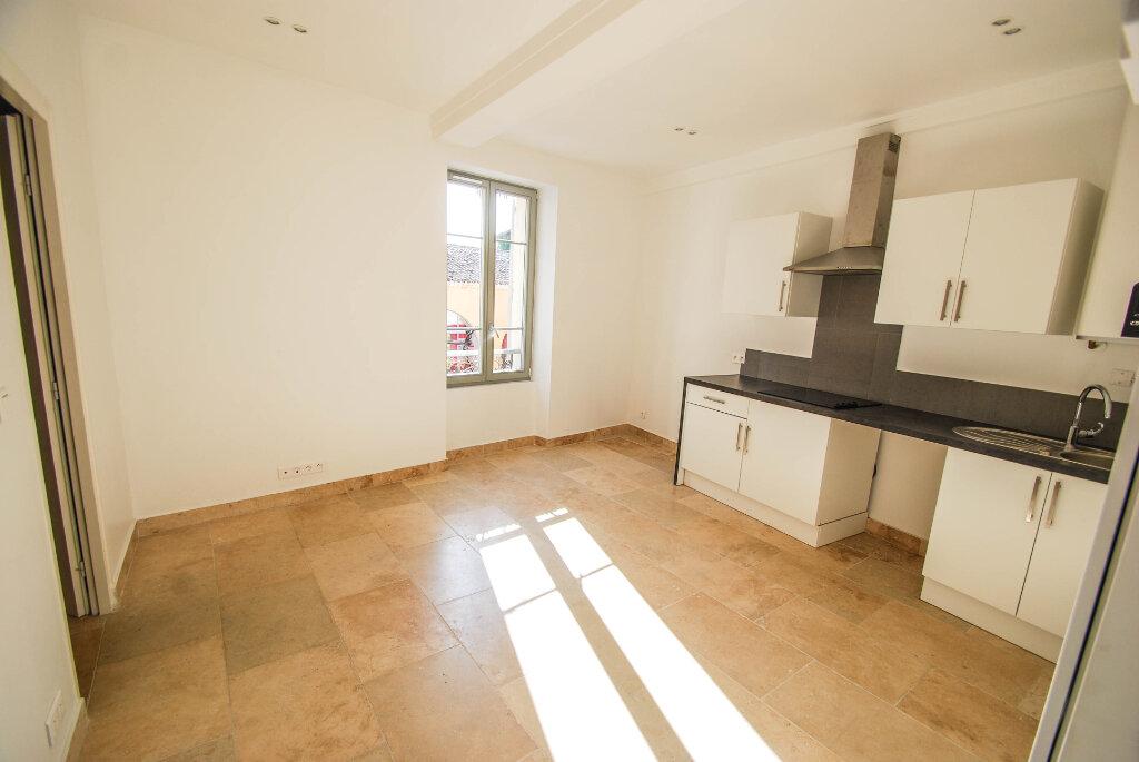 Appartement à louer 2 28.7m2 à Biot vignette-1