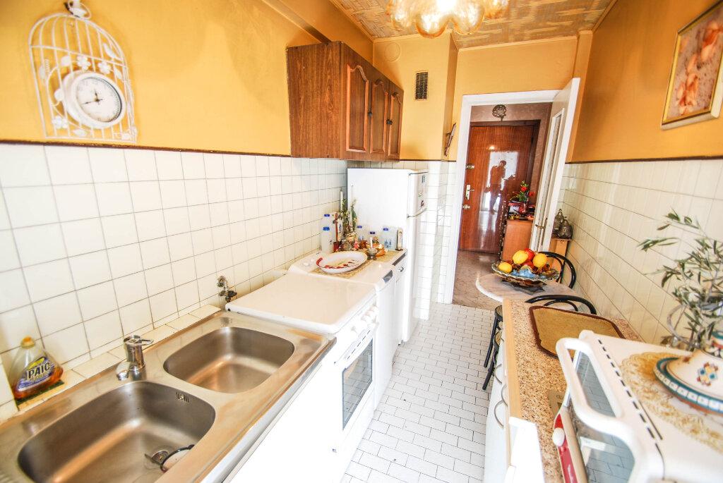 Appartement à vendre 2 44m2 à Antibes vignette-3