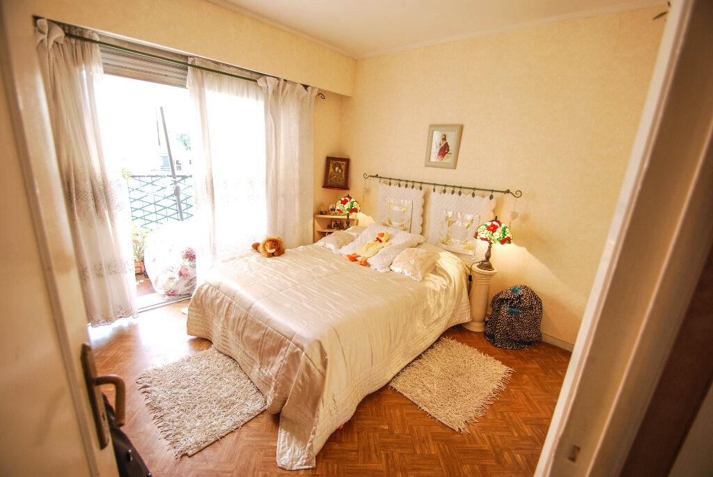 Appartement à vendre 2 44m2 à Antibes vignette-4