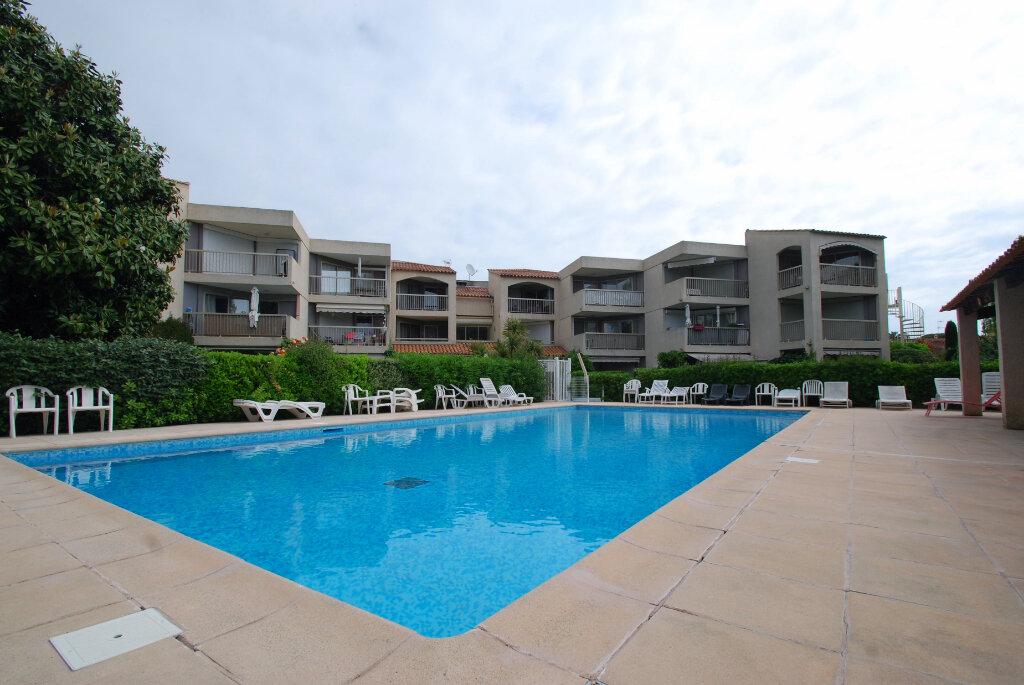 Appartement à vendre 2 32m2 à Antibes vignette-1