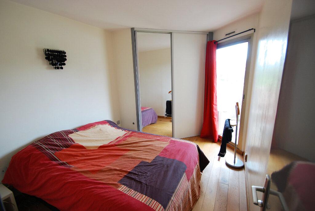 Appartement à vendre 2 32m2 à Antibes vignette-3