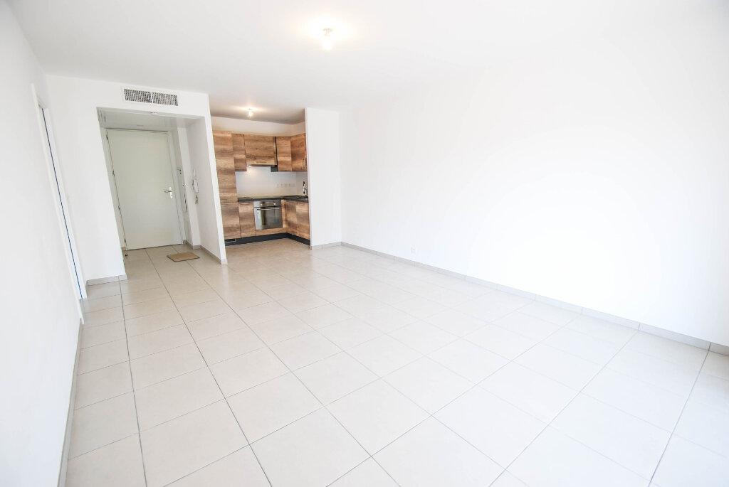 Appartement à louer 2 47.48m2 à Antibes vignette-1
