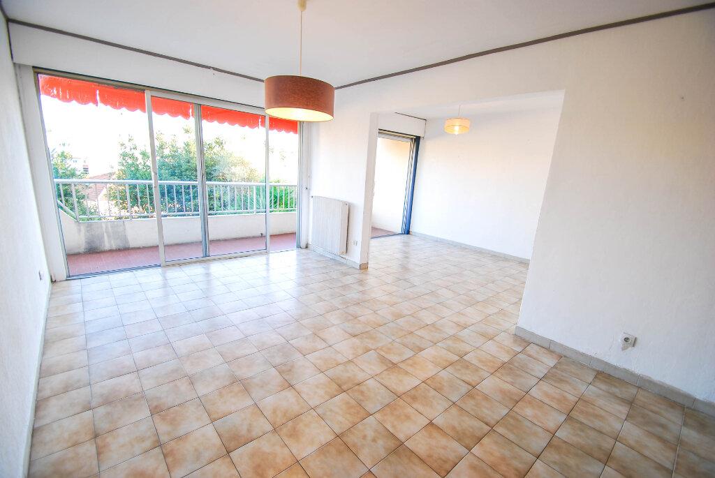 Appartement à vendre 4 71m2 à Antibes vignette-1