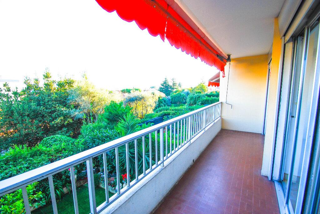 Appartement à vendre 4 71m2 à Antibes vignette-3