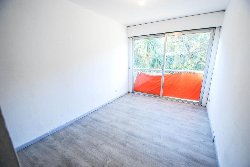 Appartement à vendre 4 71m2 à Antibes vignette-6