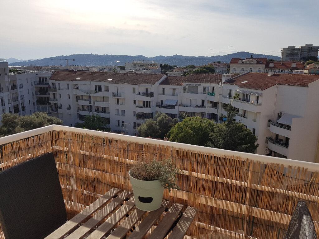 Appartement à vendre 3 64.24m2 à Juan-les-Pins - Antibes vignette-3