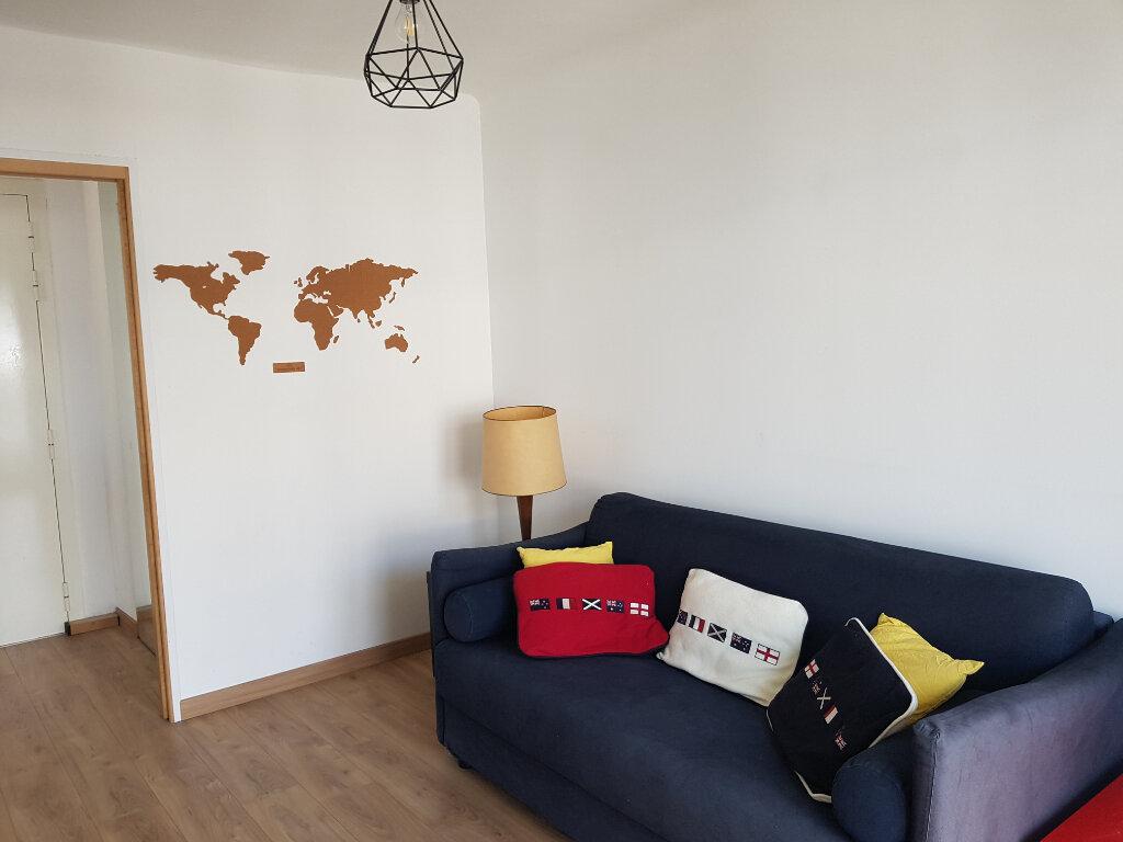 Appartement à vendre 3 64.24m2 à Juan-les-Pins - Antibes vignette-5