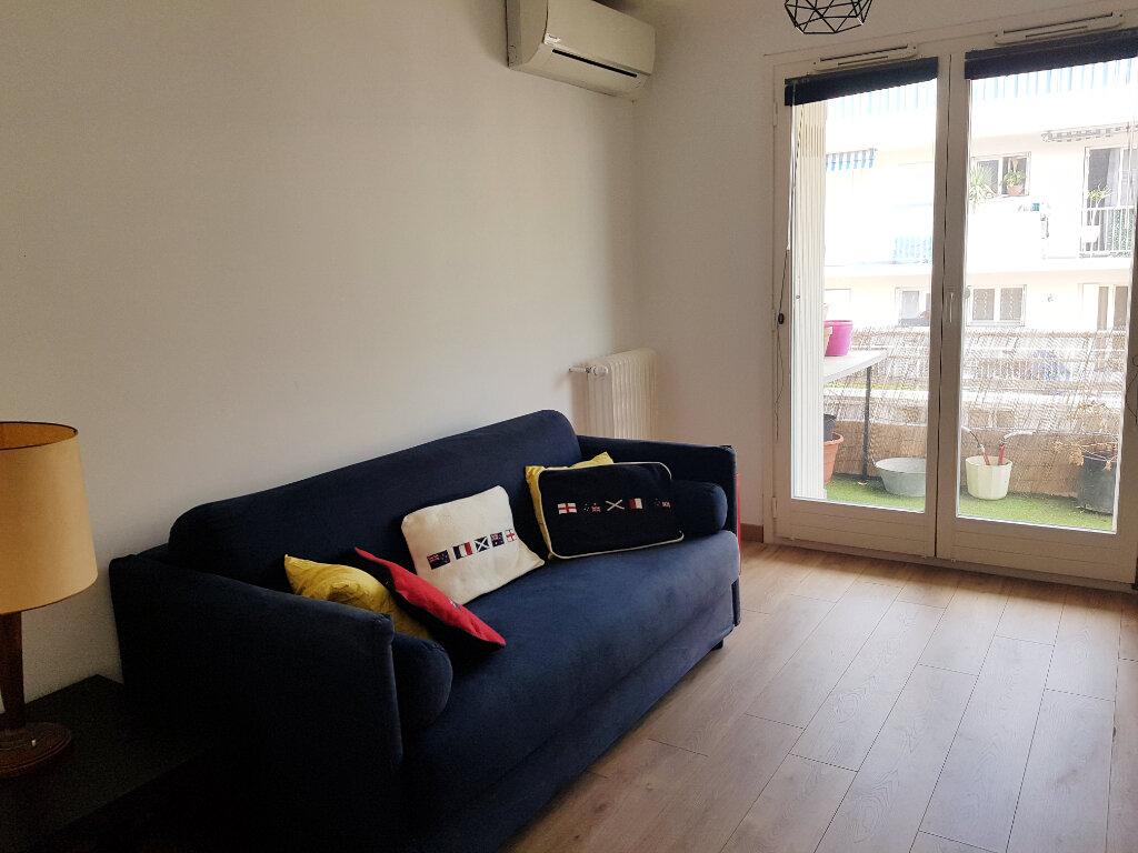 Appartement à vendre 3 64.24m2 à Juan-les-Pins - Antibes vignette-8
