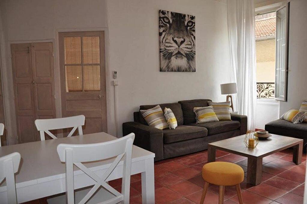 Appartement à vendre 4 70m2 à Antibes vignette-2