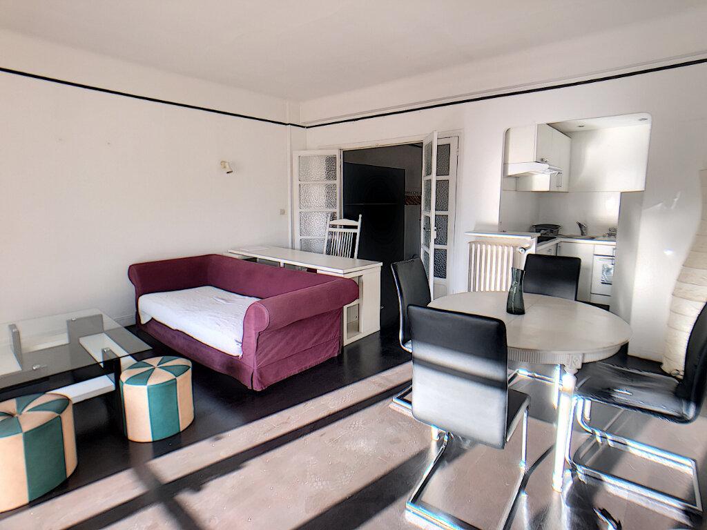 Appartement à vendre 2 51.16m2 à Antibes vignette-3