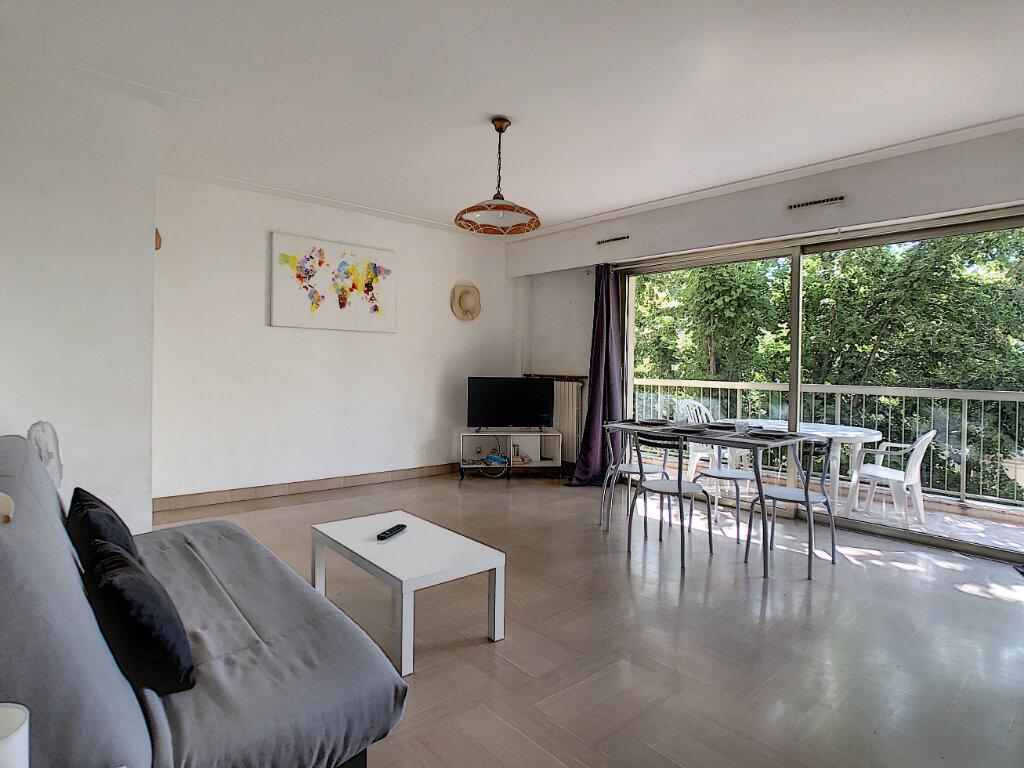 Appartement à vendre 1 34.43m2 à Juan-les-Pins - Antibes vignette-6