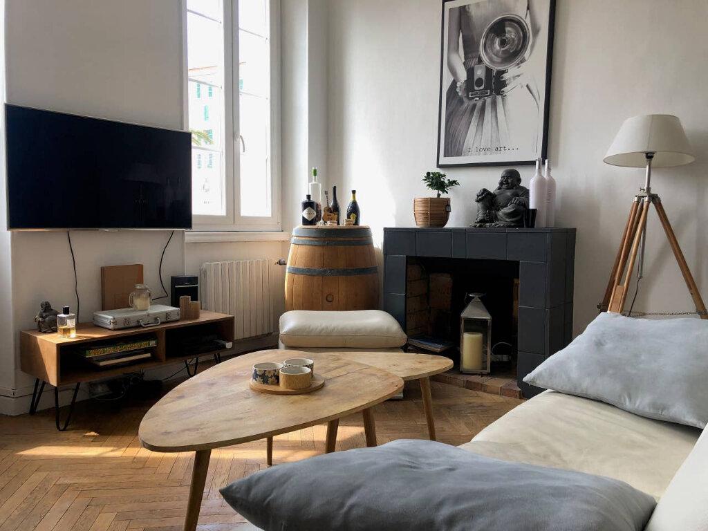 Appartement à vendre 3 60.97m2 à Cannes vignette-2