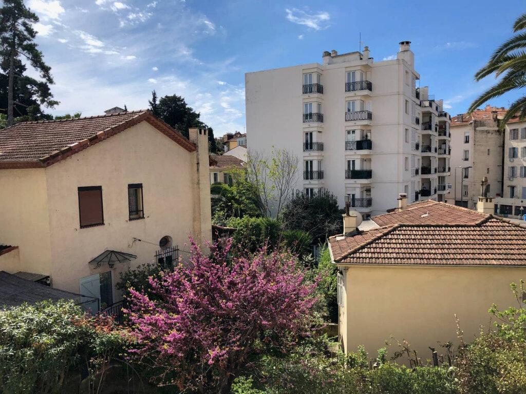 Appartement à vendre 3 60.97m2 à Cannes vignette-7