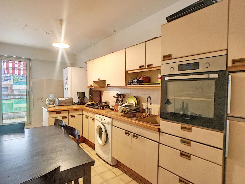 Appartement à vendre 3 85.04m2 à Juan-les-Pins - Antibes vignette-3