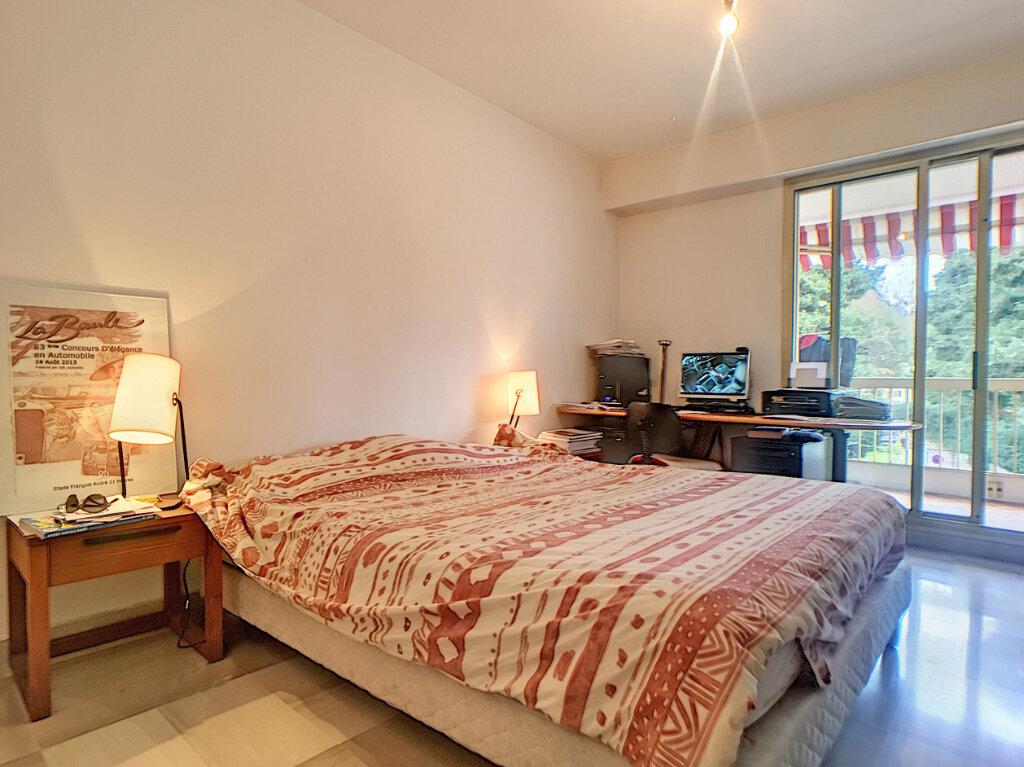 Appartement à vendre 3 85.04m2 à Juan-les-Pins - Antibes vignette-4