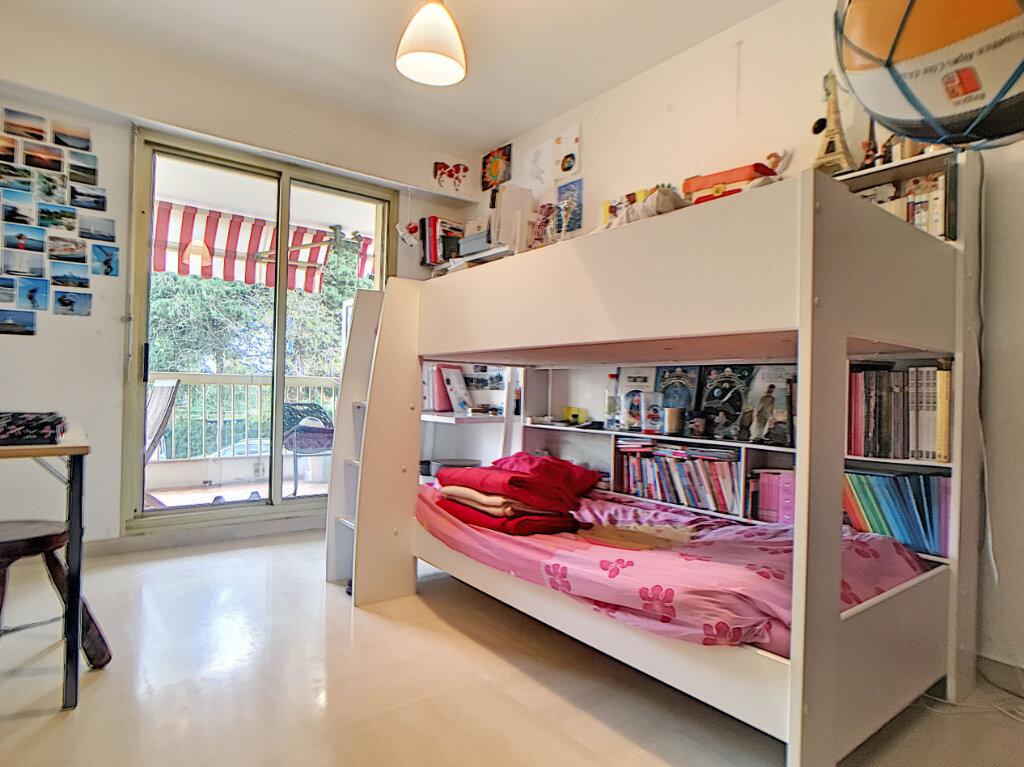 Appartement à vendre 3 85.04m2 à Juan-les-Pins - Antibes vignette-6
