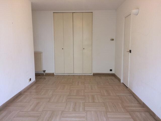 Appartement à louer 1 25.61m2 à Saint-Laurent-du-Var vignette-3