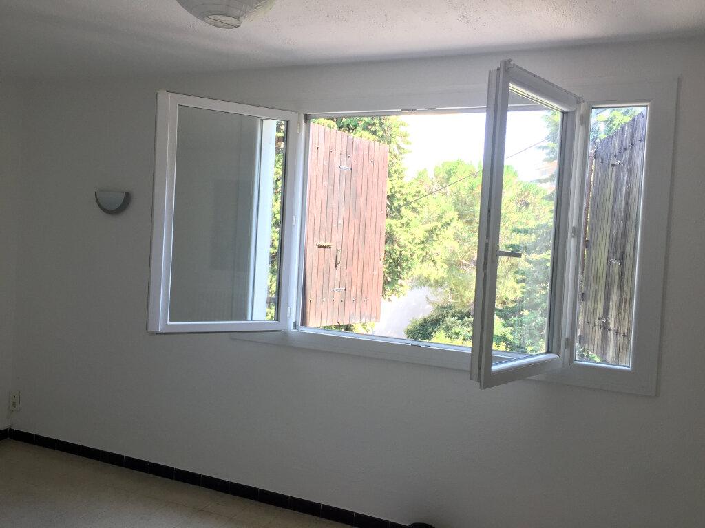 Appartement à louer 3 56.82m2 à Cagnes-sur-Mer vignette-3
