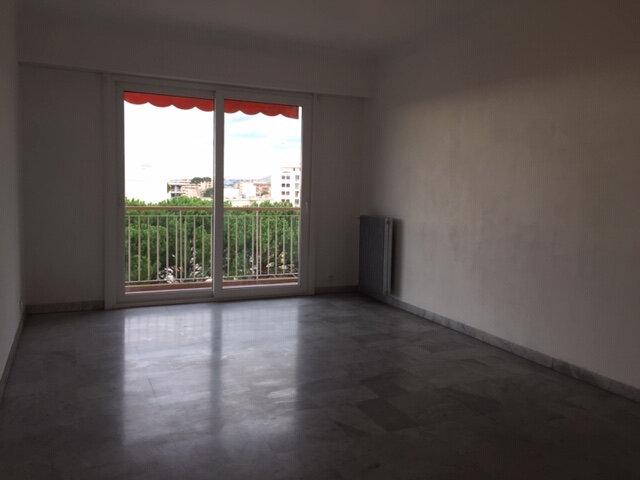 Appartement à louer 2 48.63m2 à Cagnes-sur-Mer vignette-6