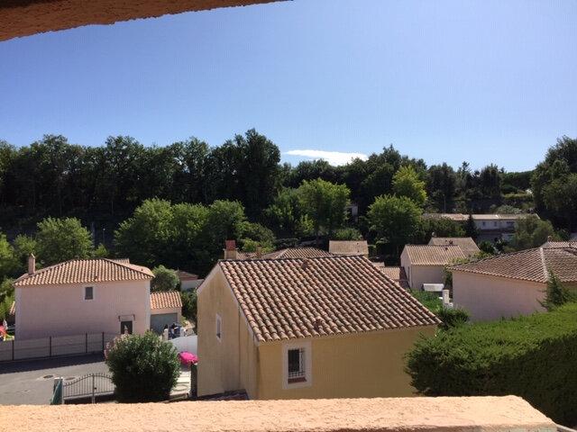 Appartement à louer 2 40m2 à Villeneuve-Loubet vignette-2