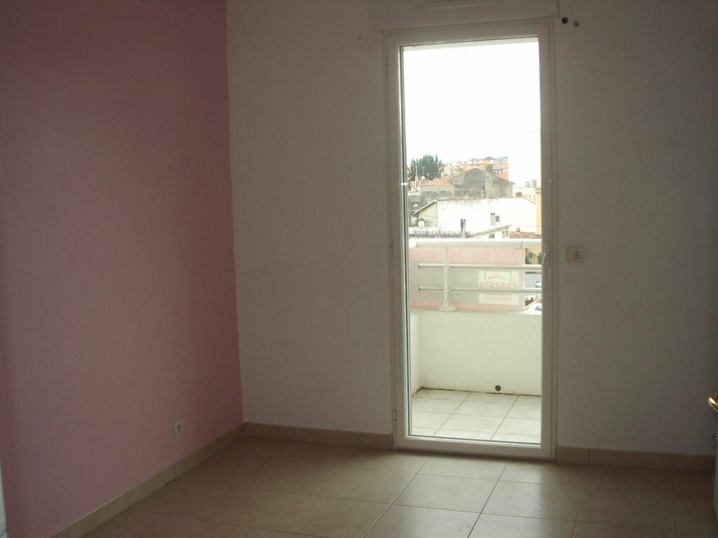 Appartement à louer 3 51.46m2 à Cagnes-sur-Mer vignette-5