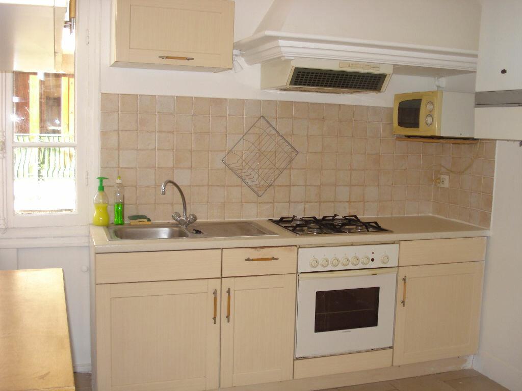 Appartement à louer 3 53.05m2 à Nice vignette-2