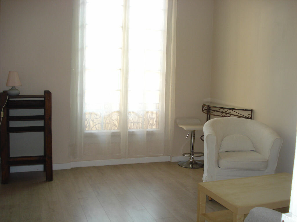 Appartement à louer 3 53.05m2 à Nice vignette-6