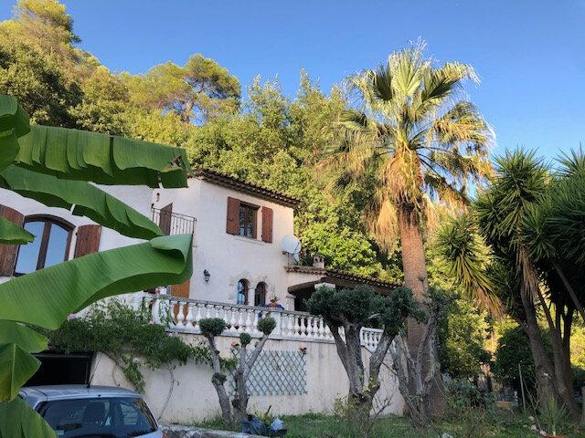 Maison à vendre 7 190m2 à Cagnes-sur-Mer vignette-2