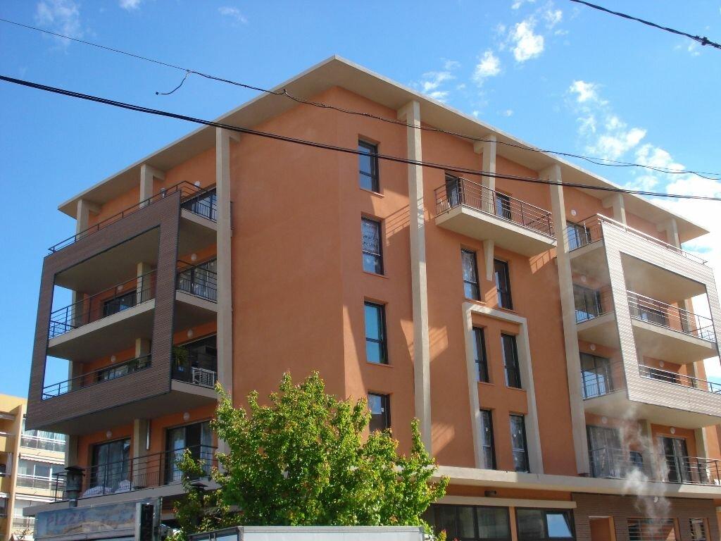 Appartement à louer 2 45.42m2 à Cagnes-sur-Mer vignette-7