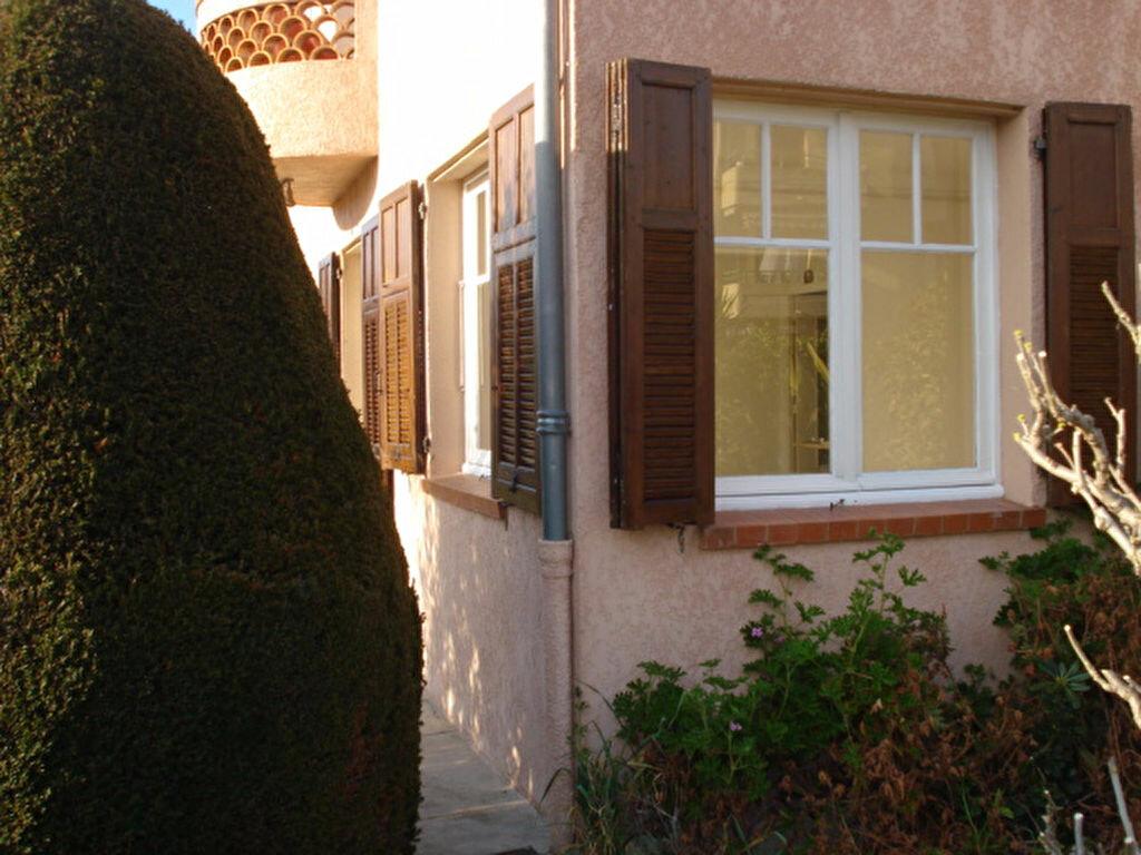 Appartement à louer 1 28.14m2 à Cagnes-sur-Mer vignette-5