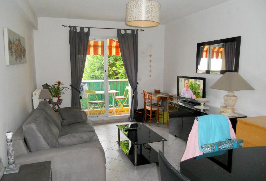 Appartement à vendre 2 50m2 à Saint-Laurent-du-Var vignette-4