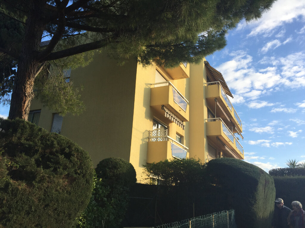 Appartement à louer 1 24.27m2 à Cagnes-sur-Mer vignette-2