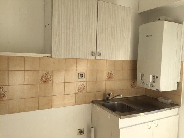 Appartement à louer 1 24.27m2 à Cagnes-sur-Mer vignette-3