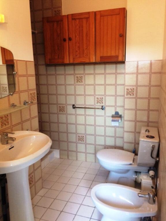Appartement à louer 1 16.6m2 à Saint-Laurent-du-Var vignette-5