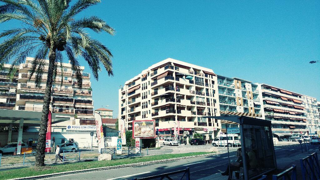 Appartement à vendre 1 29m2 à Cagnes-sur-Mer vignette-6